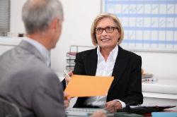 Как уменьшить штрафные санкции по кредитному договору: в суде и в банке