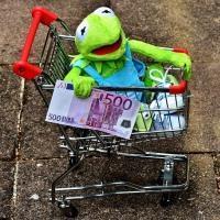 Как экономить на товарах для маленьких детей