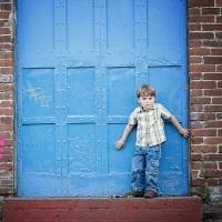 Можно ли выписать ребенка из квартиры если он не собственник