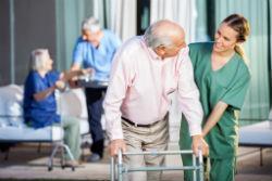 Как попасть в дом престарелых пенсионеру если есть дети