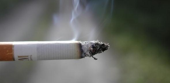 Где можно и где нельзя курить в многоквартирном доме?