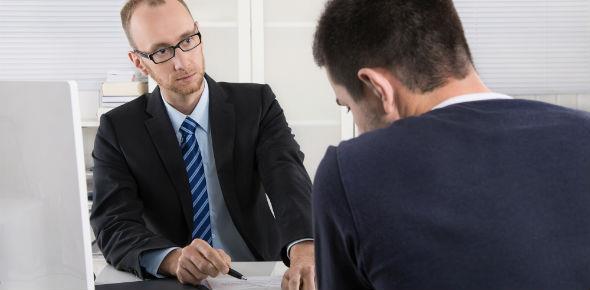 По каким причинам может быть получен необоснованный отказ в приеме на работу