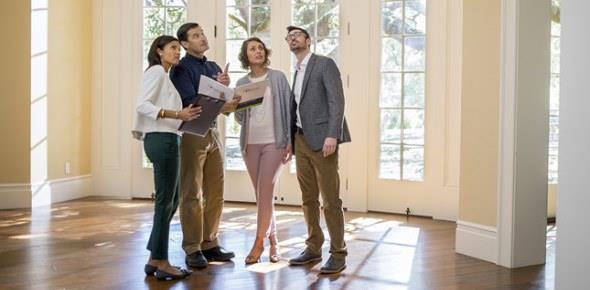 Продажа квартиры по доверенности: риски продавца и покупателя