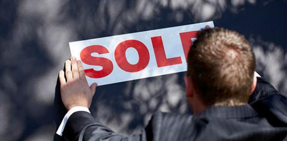 Когда за кредитный долг могут отобрать квартиру
