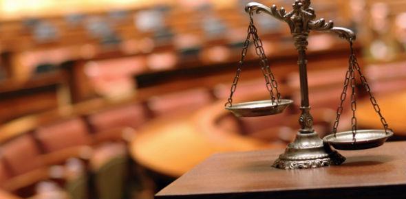 Принудительная приватизация квартиры через суд: составляем иск, собираем документы и ждем решение суда