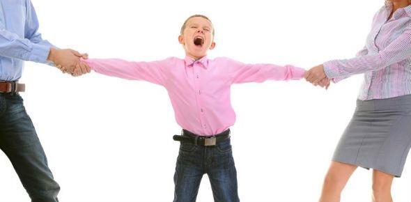 С кем остаются дети при разводе родителей