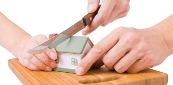 Как делить квартиру если один из собственников продал свою долю